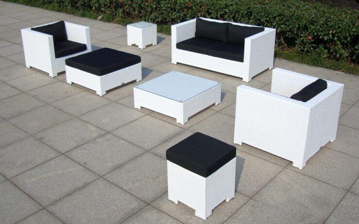 CELANO - zestaw białych mebli ogrodowych z technorattanu - NR 0427
