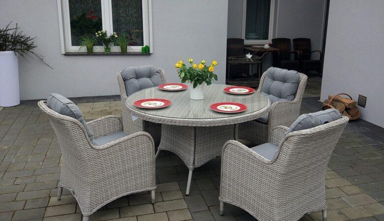 LACJUM 135 - okrągły stół ogrodowy z technorattanu, z fotelami - NR 0520