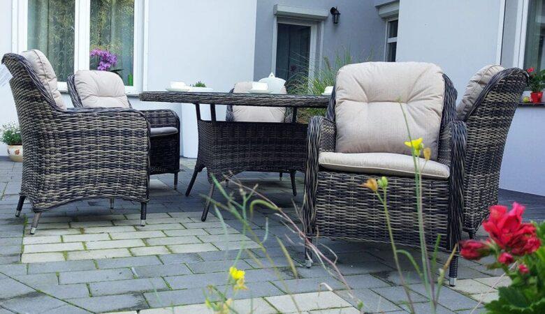 LACJUM 160 okrągły stół ogrodowy z technorattanu, z fotelami NR 0521
