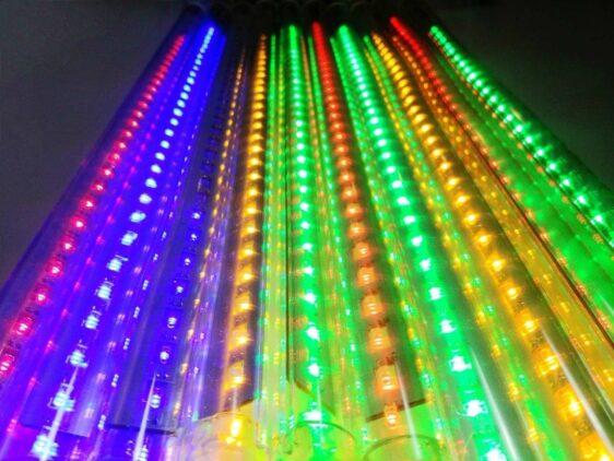 Sople LED zewnętrzne • 10 tub po 60 cm  sznur 18 m • efekt płynięcia • 300 LED • oświetlenie świąteczne LED NR 0211