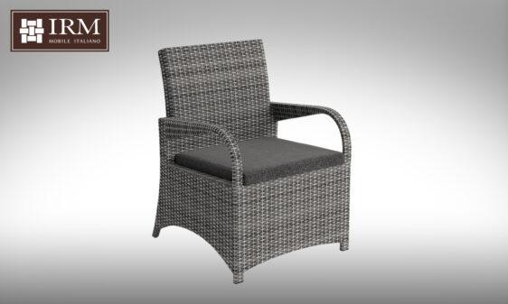 Fotel rattanowy w kolorze szarym