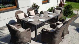 NORTH COMFORT Ogrodowy stół ceramiczny i fotele technorattan