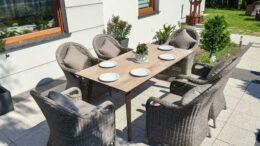 SOUTH COMFORT Ogrodowy stół ceramiczny i fotele technorattan
